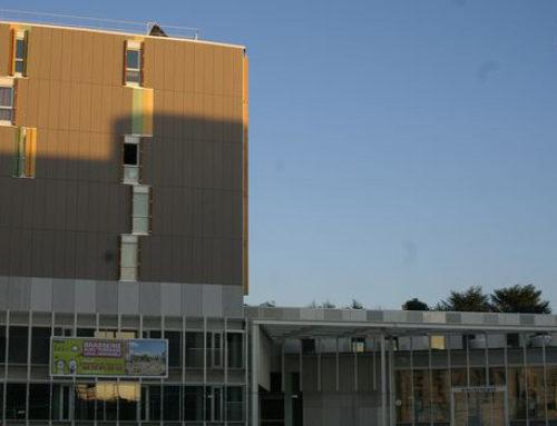 Construction de 45 logements, d'une bibliothèque, d'une Maison du Rhône et d'un commerce